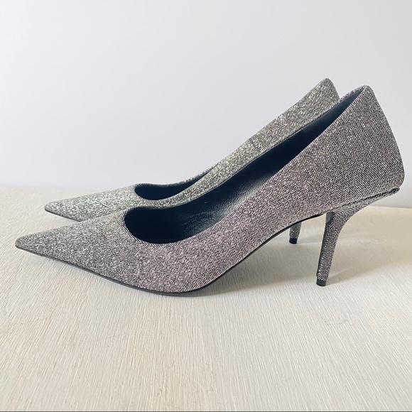 Square Knife Metallic Pointed Toe Pump